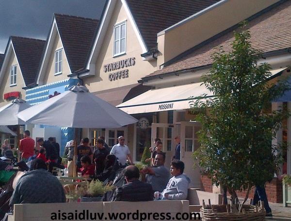 IMG-20140814-01652 - Starbucks Coffee @ Bicester Village