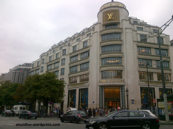 IMG-20140817-01750 - Louis Voitton - Paris - France
