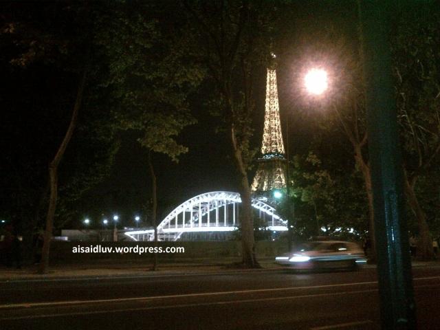 IMG-20140817-01768 kecantikan Paris dan menara Eiffel di waktu malam