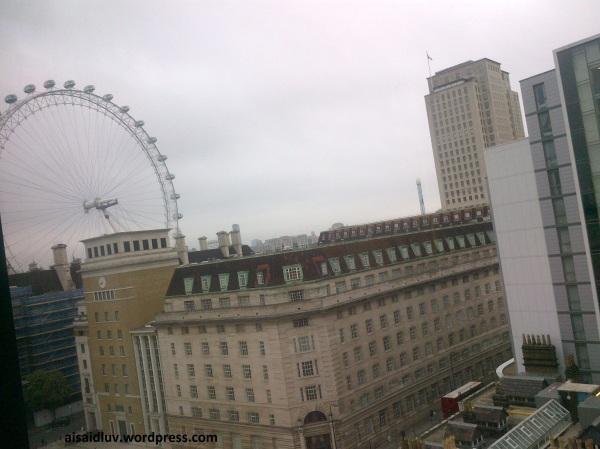 Lambeth-20140815-01672 good morning from hotel
