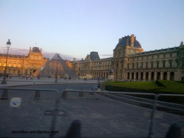 Paris-20140818-01849 louvre