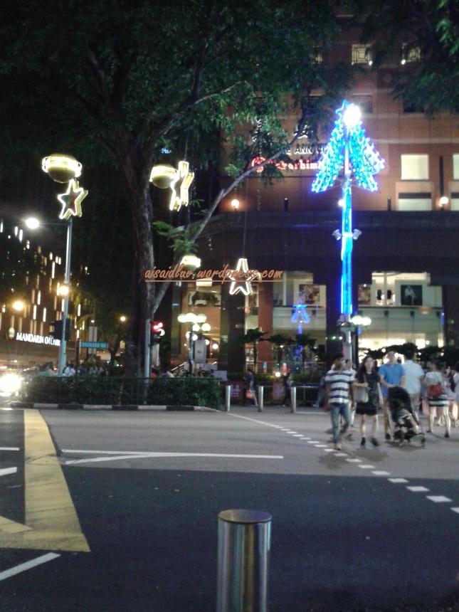 suasana malam di Orchard Road