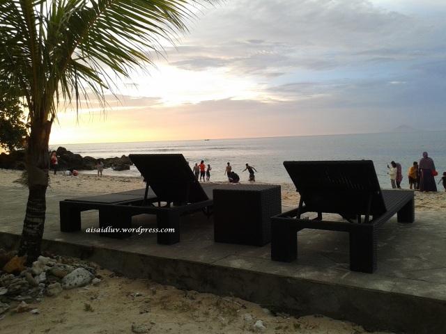20150403_175407 pantai Tanjung Lesung