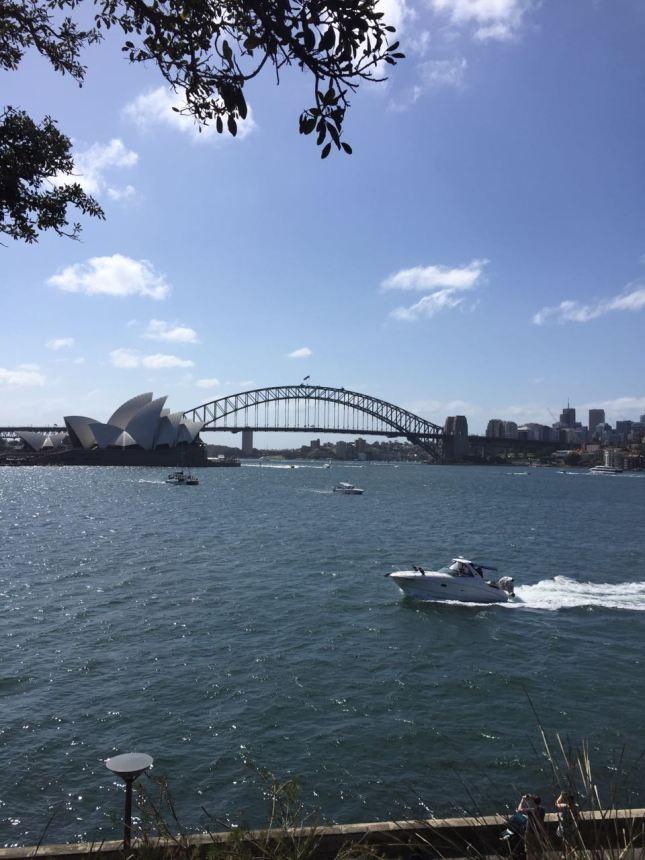 View harbour bridge and Sydney opera house_Australia